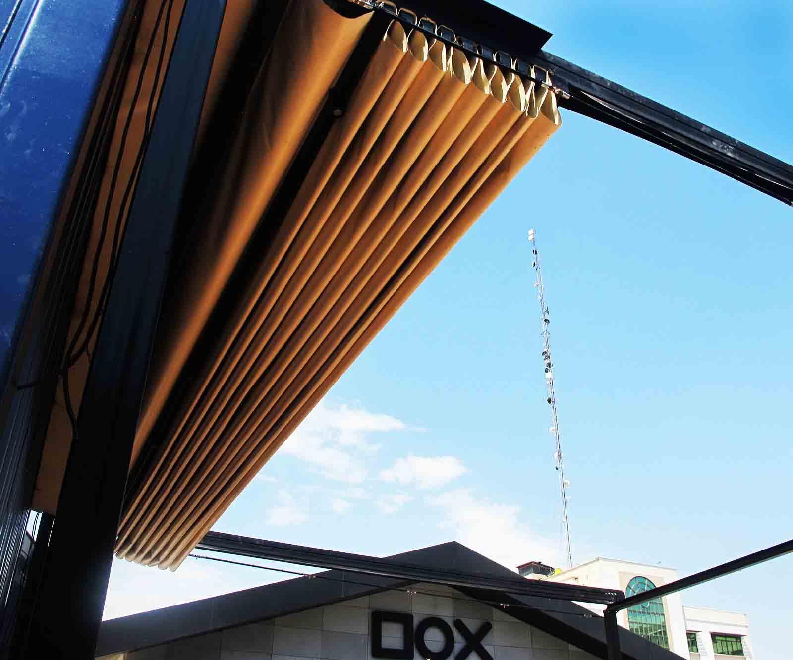 سقف متحرک رستوران کد دانشگاه